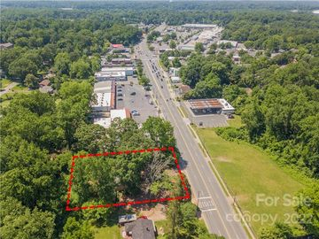 2815 Eastway Drive Charlotte, NC 28205 - Image 1