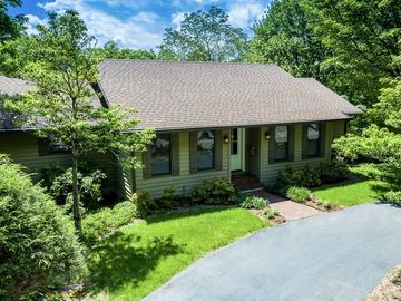 1353 Green Hill Road Blowing Rock, NC 28605 - Image 1