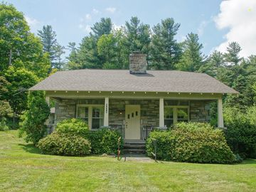 8478 Valley Boulevard Blowing Rock, NC 28605 - Image 1