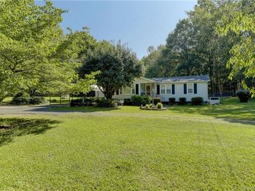 2850 Kingsburry Road Clover, SC 29710 - Image 1