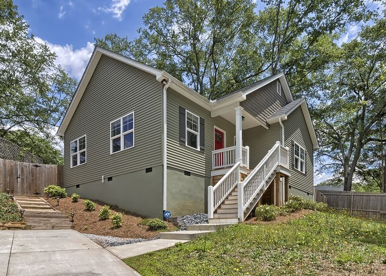 305 Lowndes Hill Road photo #1