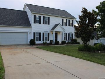 5782 Dove Point Drive Concord, NC 28025 - Image 1