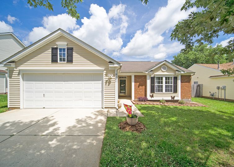 3021 Hawick Commons Drive Concord, NC 28027