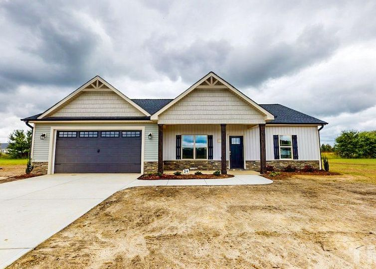 208 Shepherds Field Drive Pikeville, NC 27863