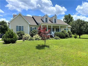 8596 South Point Drive Stokesdale, NC 27357 - Image 1