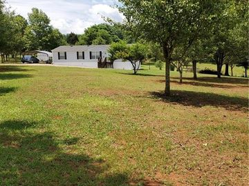 110 Grans Circle Westminster, SC 29693 - Image 1