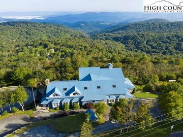 704 Beech Mountain Parkway Beech Mountain, NC 28604 - Image 1