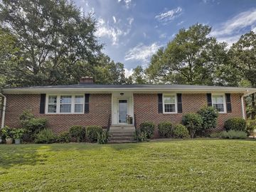 255 Lowndes Avenue Greenville, SC 29607 - Image 1
