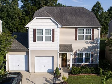 15627 Lakepoint Forest Drive Charlotte, NC 28278 - Image 1