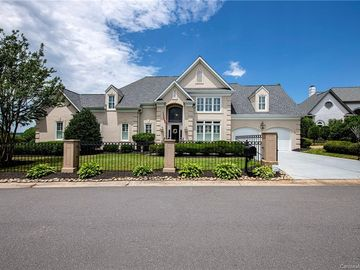 15930 Riverpointe Drive Charlotte, NC 28278 - Image 1