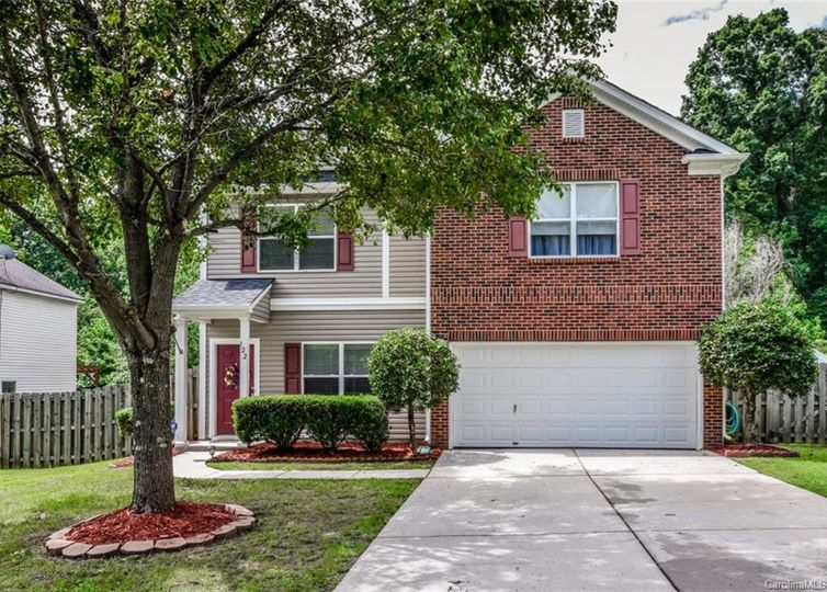 122 Flanders Drive Mooresville, NC 28117