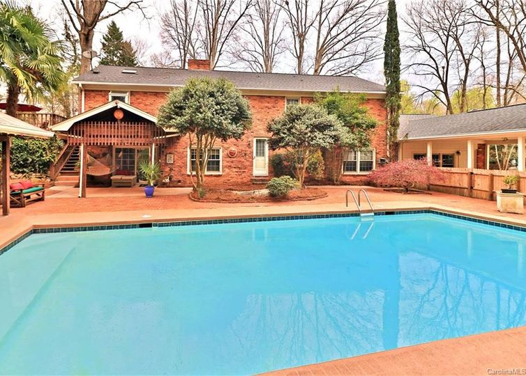 3532 Mountainbrook Road Charlotte, NC 28210