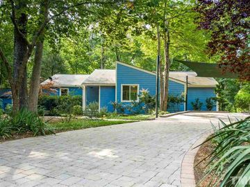 202 Bruton Drive Chapel Hill, NC 27516 - Image 1