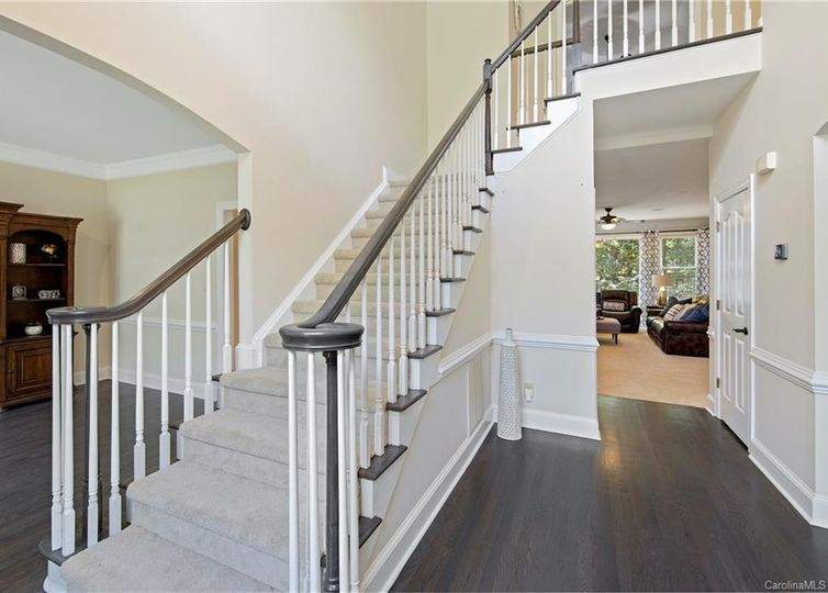 10617 Providence Arbours Drive Charlotte, NC 28270