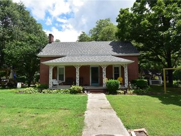 118 Whitesides Street Cherryville, NC 28021 - Image 1