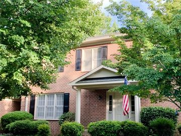 867 Brookleigh Court Winston Salem, NC 27104 - Image 1
