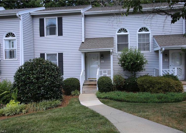 11 Appletree Lane Greensboro, NC 27455