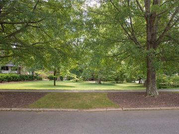 211 Hillcrest Drive High Point, NC 27262 - Image 1