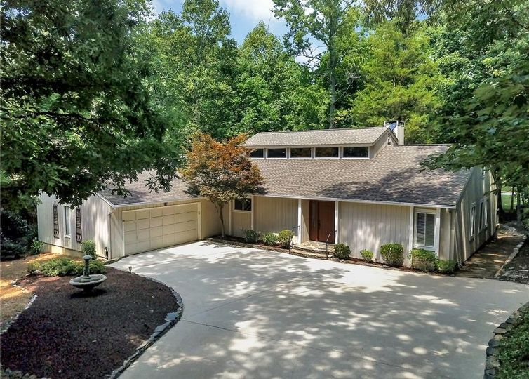 3 Holly Berry Woods Drive #2 Lake Wylie, SC 29710