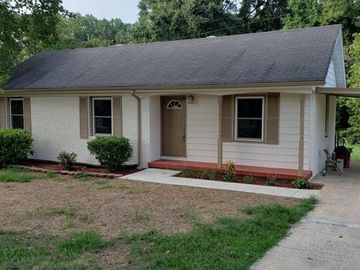 1023 Old Mountain Road Mount Holly, NC 28120 - Image 1
