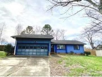 11629 Mirror Lake Drive Charlotte, NC 28226 - Image 1