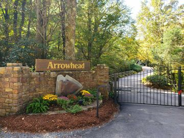Lot 8 Red Wolf Blowing Rock, NC 28605 - Image 1