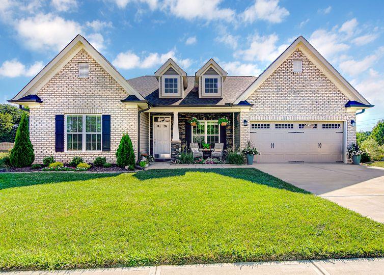 8783 Drummond Estates Drive Kernersville, NC 27284