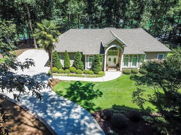 122 Pinnacle Pointe Drive Seneca, SC 29672 - Image 1