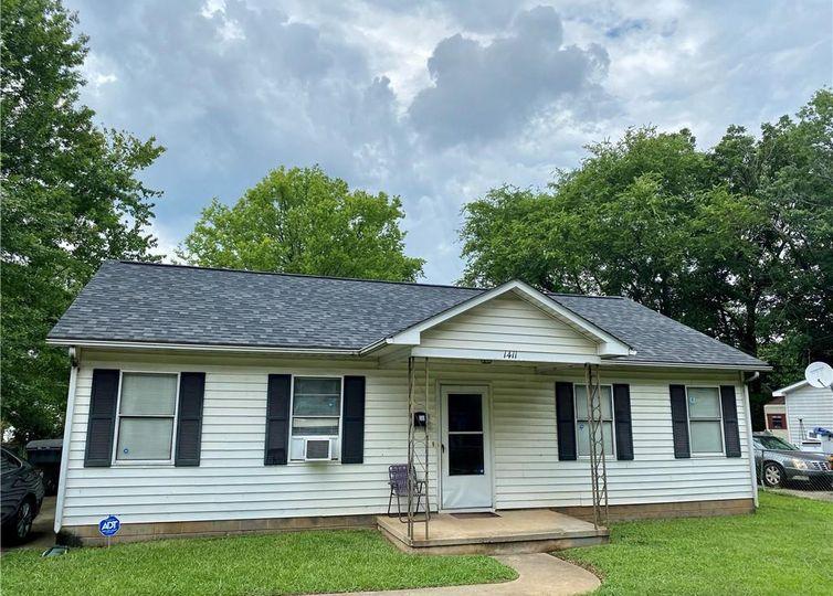 1411 N Caldwell Street Charlotte, NC 28206