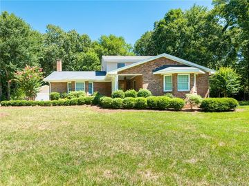 5500 Glen Forest Drive Charlotte, NC 28226 - Image 1