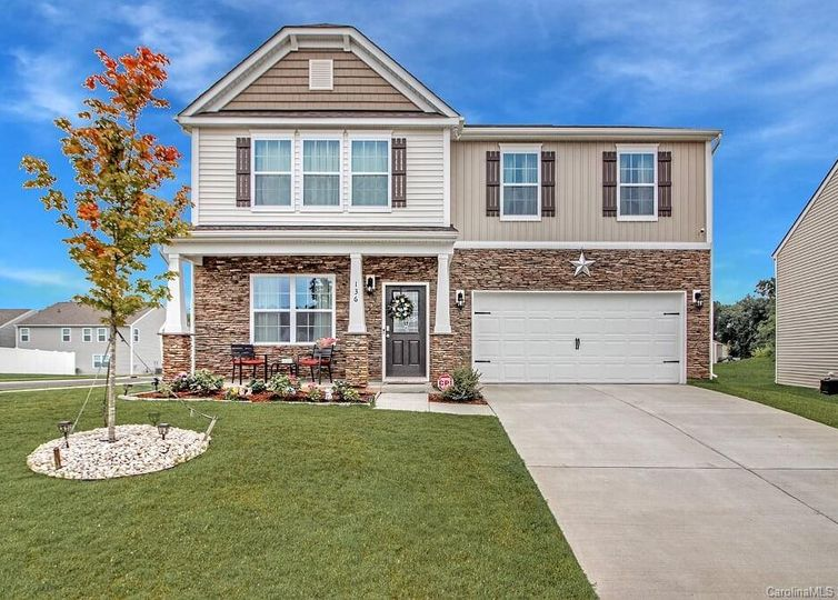136 N Cromwell Drive Mooresville, NC 28115