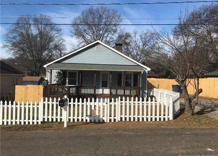 19705 Center Street Cornelius, NC 28031