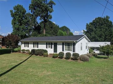 5100 Clearwater Lake Road Mount Holly, NC 28120 - Image 1