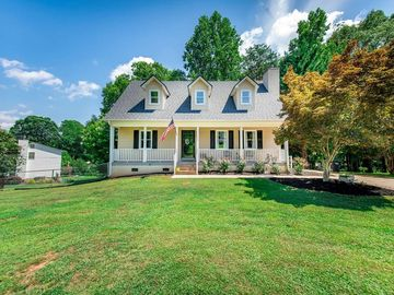 527 Hillandale Road Liberty, SC 29657 - Image 1
