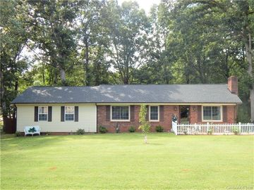 618 Chal Drive Statesville, NC 28677 - Image 1