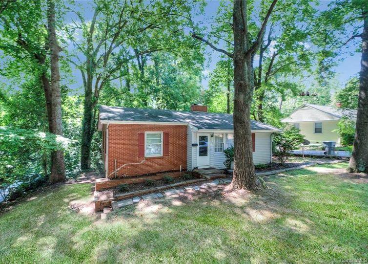 1837 Camp Greene Street #32 Charlotte, NC 28208