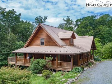 803 Rough Ridge Road Sugar Mountain, NC 28604 - Image 1