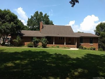 939 Owen Boulevard Charlotte, NC 28213 - Image 1