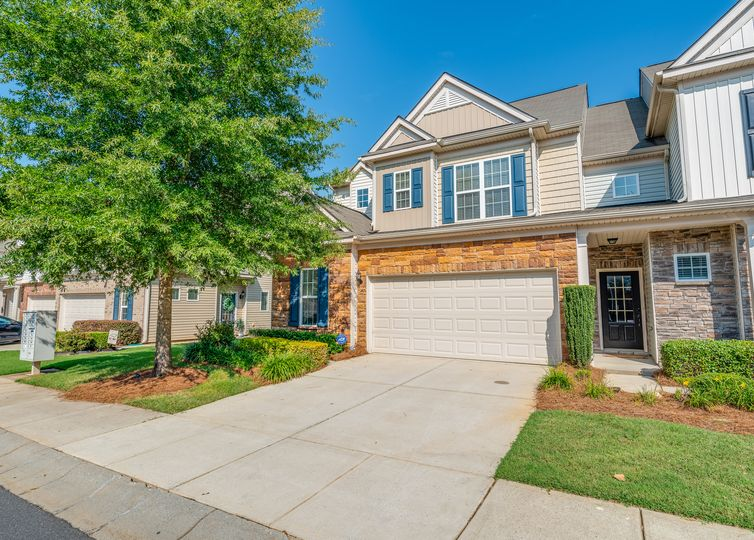 1849 Royal Gorge Avenue Charlotte, NC 28210