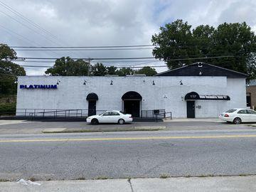 875 Northwest Boulevard Winston Salem, NC 27101 - Image 1