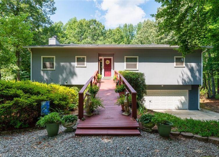 1720 Brookhaven Mill Road Greensboro, NC 27406