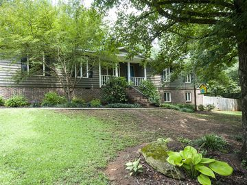 222 Stone Hedge Court Easley, SC 29642 - Image 1