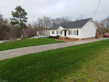 204 N Franklin Street Madison, NC 27025 - Image 1