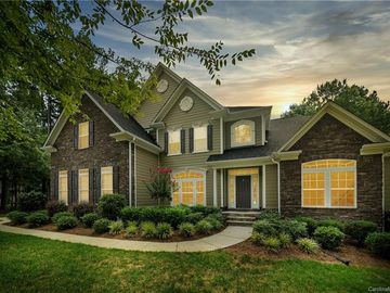 304 Beech Bluff Drive Mount Holly, NC 28120 - Image 1