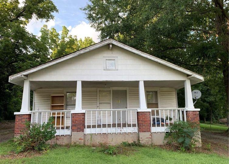 1502 W Vandalia Road Greensboro, NC 27406