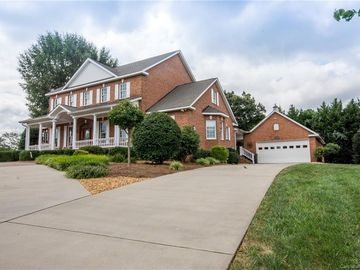 2210 James Way Statesville, NC 28625 - Image 1