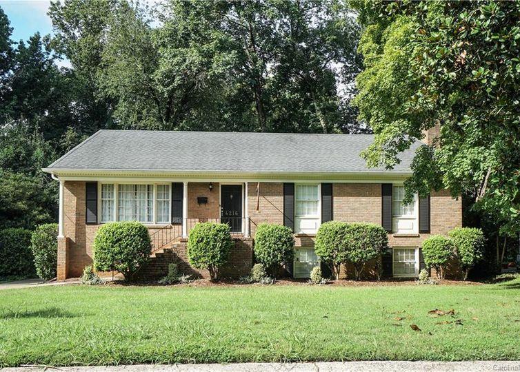 4216 Blalock Avenue Charlotte, NC 28210