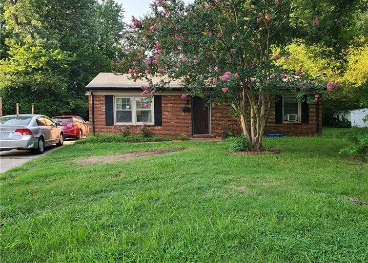 616 Doak Street Greensboro, NC 27406