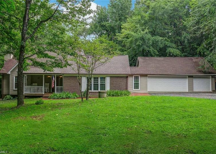 1413 Wiley Lewis Road Greensboro, NC 27406