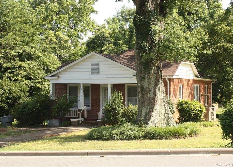 2600 Palm Avenue Charlotte, NC 28205